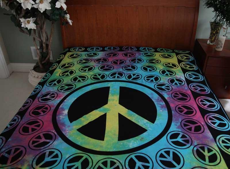 Peace Sign Bedroom Accessories: Tie Dye Peace Sign Bedspread