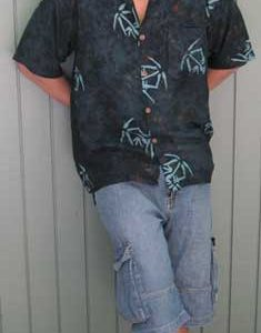 Balinese Batik Shirt for Men in Green Bamboo Batik